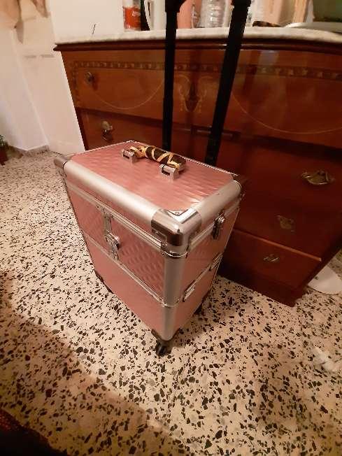 Imagen maleta de maquillaje