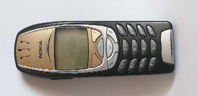 Imagen B. Nokia 6310i