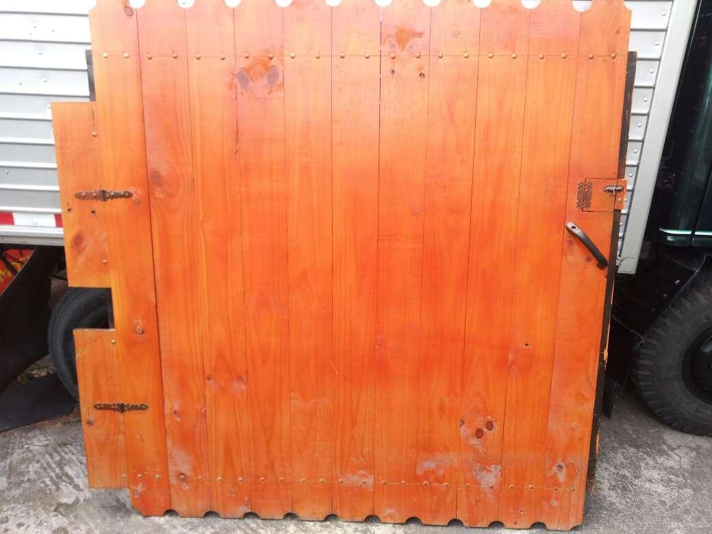 Imagen Puerta de Madera, precio negociable