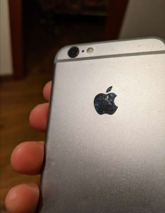 Imagen producto IPhone 6S-64GB  4