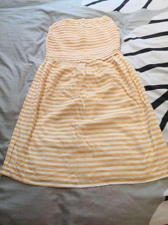 Imagen Vestido amarillo