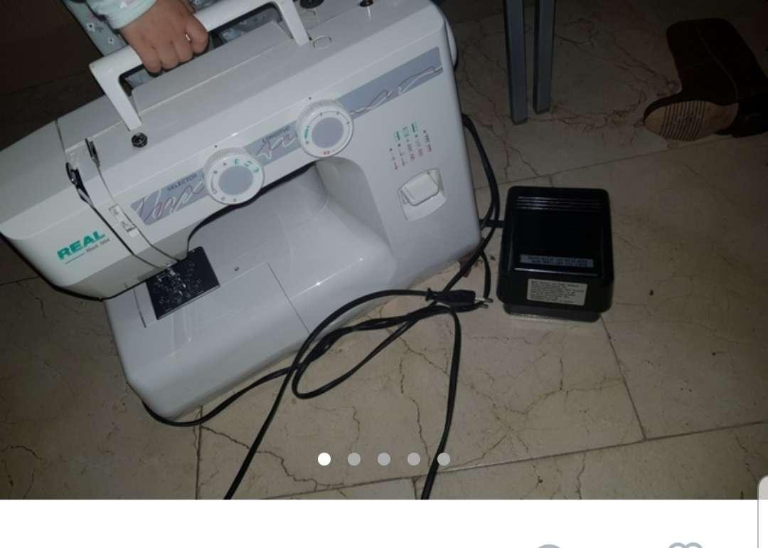Imagen vendo maquina de coser