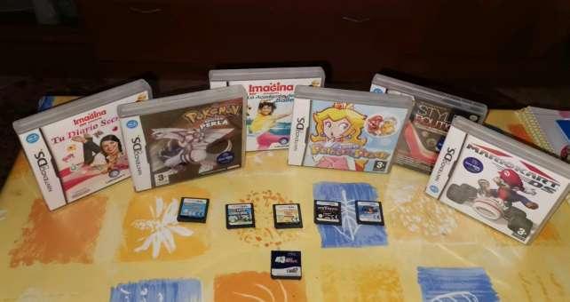 Imagen Nintendo Dsi azul + 20 juegos originales