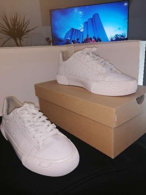 Imagen producto Zapatillas blancas Bershka  5