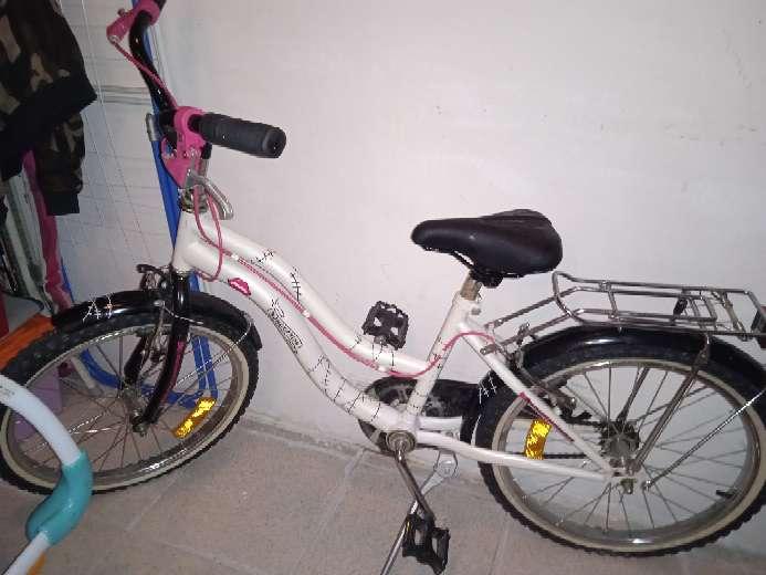 Imagen bicicleta de las Monster hing de paseo