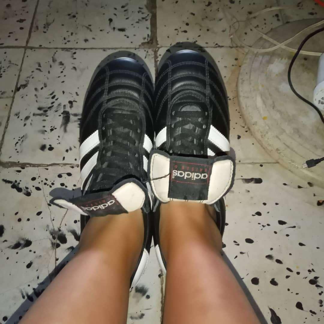 Imagen Guayos Adidas Kaiser 5
