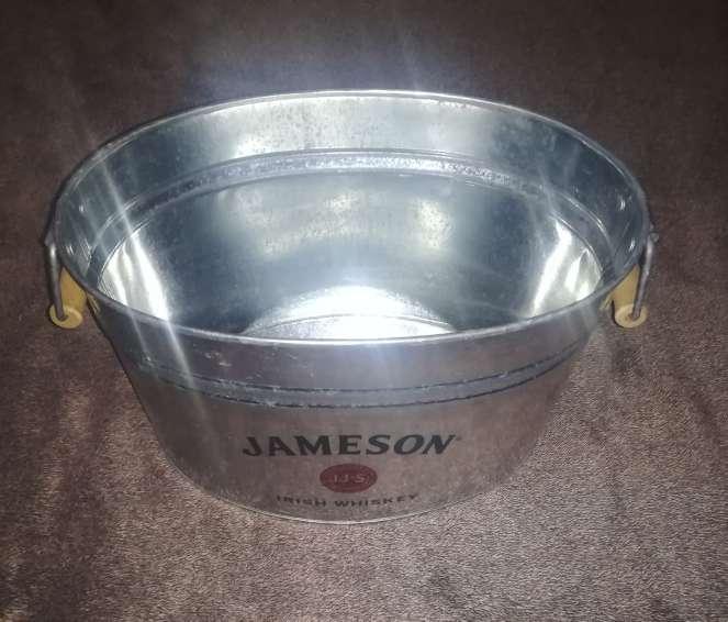 Imagen Cubo para hielo Jameson