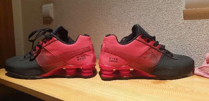 Imagen producto Zapatillas nike rojas y negras 6