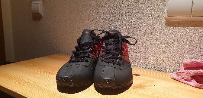 Imagen producto Zapatillas nike rojas y negras 3