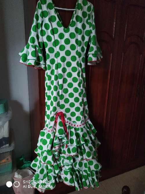 Imagen Vendo este traje de flamenca