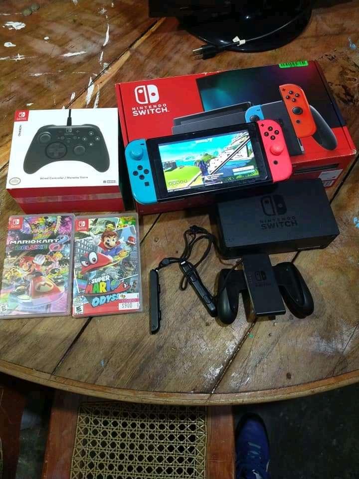Imagen Consola Nintendo switch con juegos