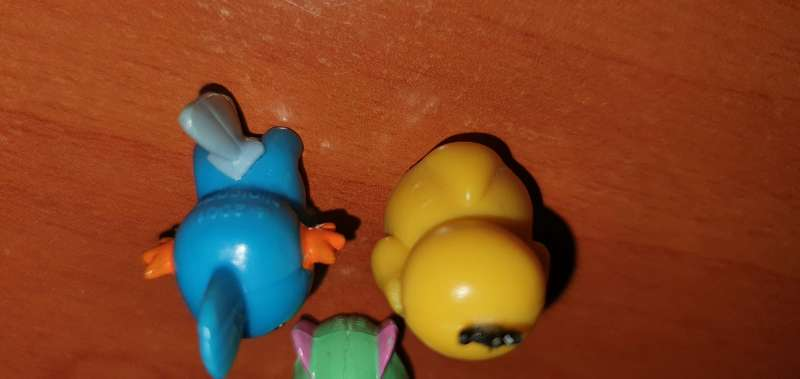 Imagen producto Lote De 3 Figuritas Pokémon 3