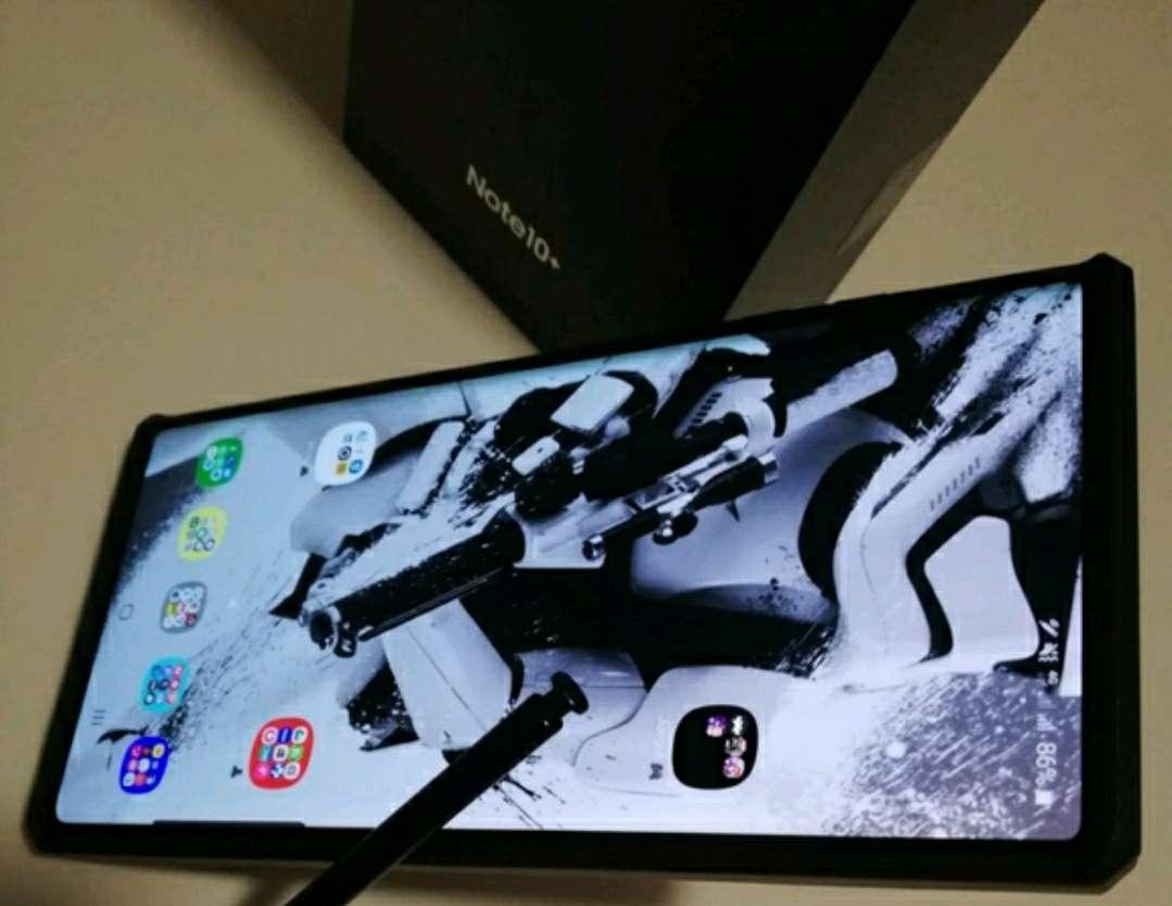Imagen producto Samsung Galaxy Note 10+ (Plus) 6