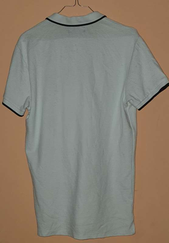 Imagen producto Camisa Marca Bershka. 3