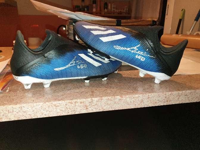 Imagen Botas firmadas por Leo Messi y usadas