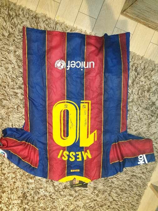 Imagen Camiseta firmada por Leo Messi