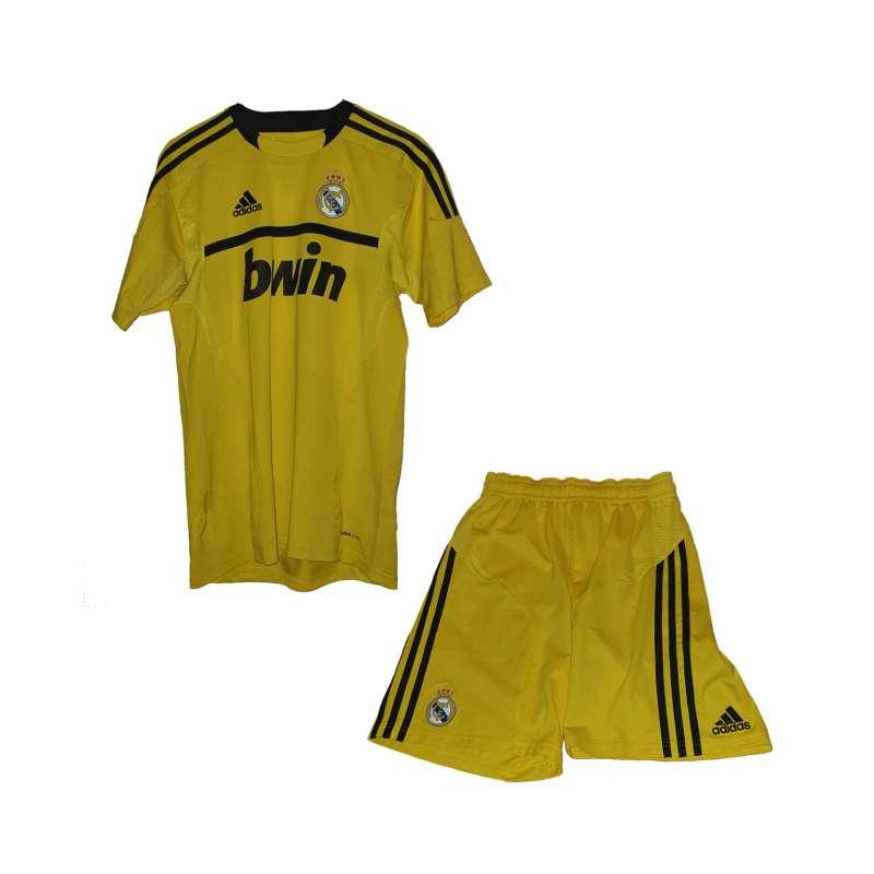Imagen producto Uniforme Del Real Madrid, Marca Adidas. 1