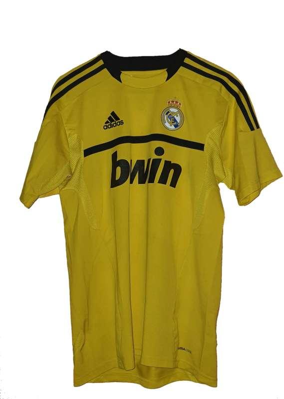 Imagen producto Uniforme Del Real Madrid, Marca Adidas. 3