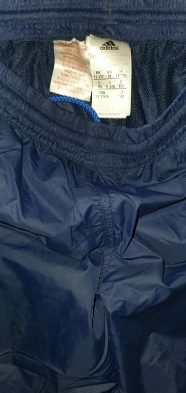 Imagen producto Pantalón Corto Marca Adidas. 3