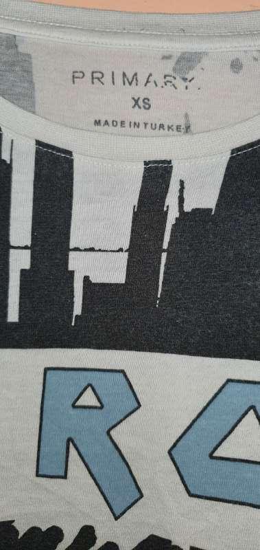 Imagen producto Camiseta Marca Primark. 3