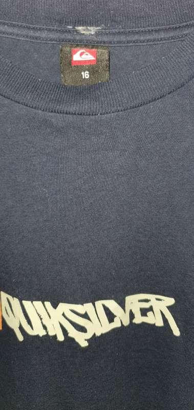 Imagen producto Camiseta Marca Quicksilver. 3