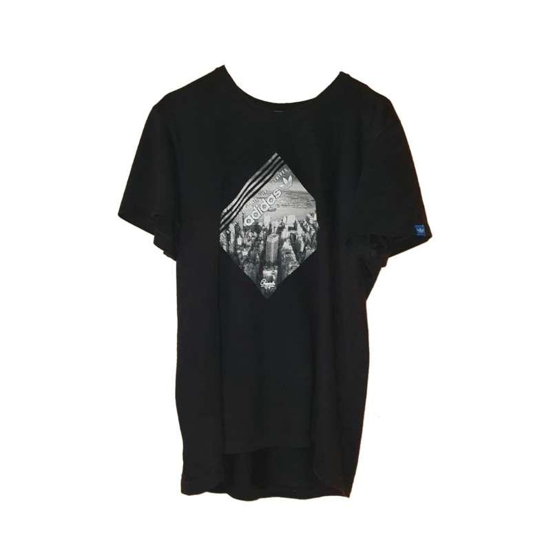 Imagen Camiseta Marca Adidas.