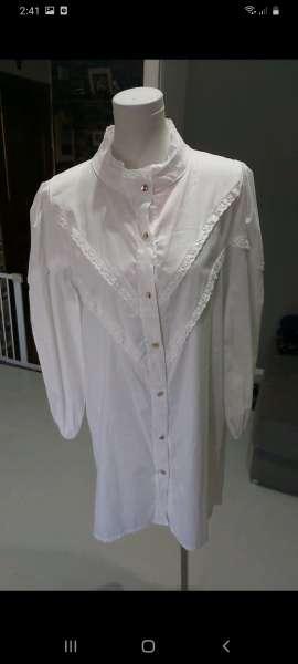 Imagen moda camisa nuevo con etiqueta