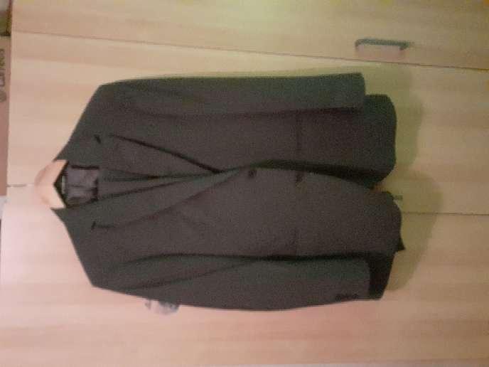 Imagen vender traje nuevo
