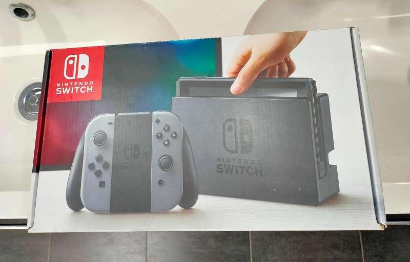 Imagen producto Nintendo switch negra nueva 2