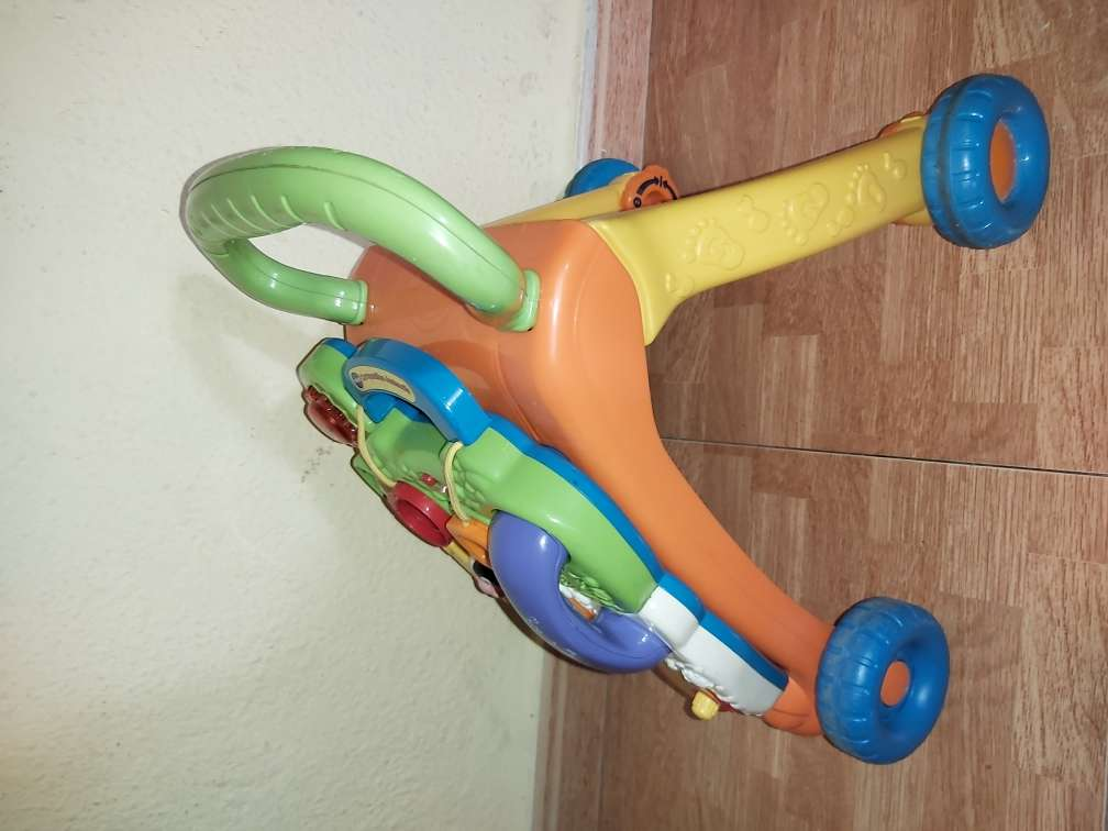 Imagen producto Andador de bebé correpasillos  2