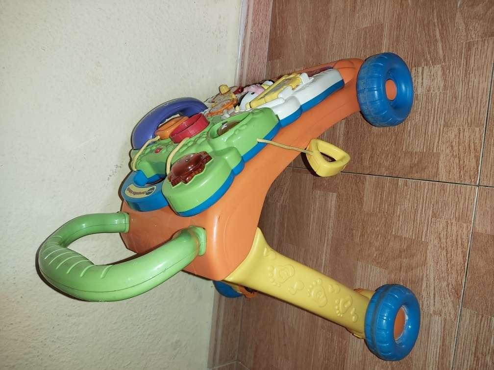 Imagen producto Andador de bebé correpasillos  4