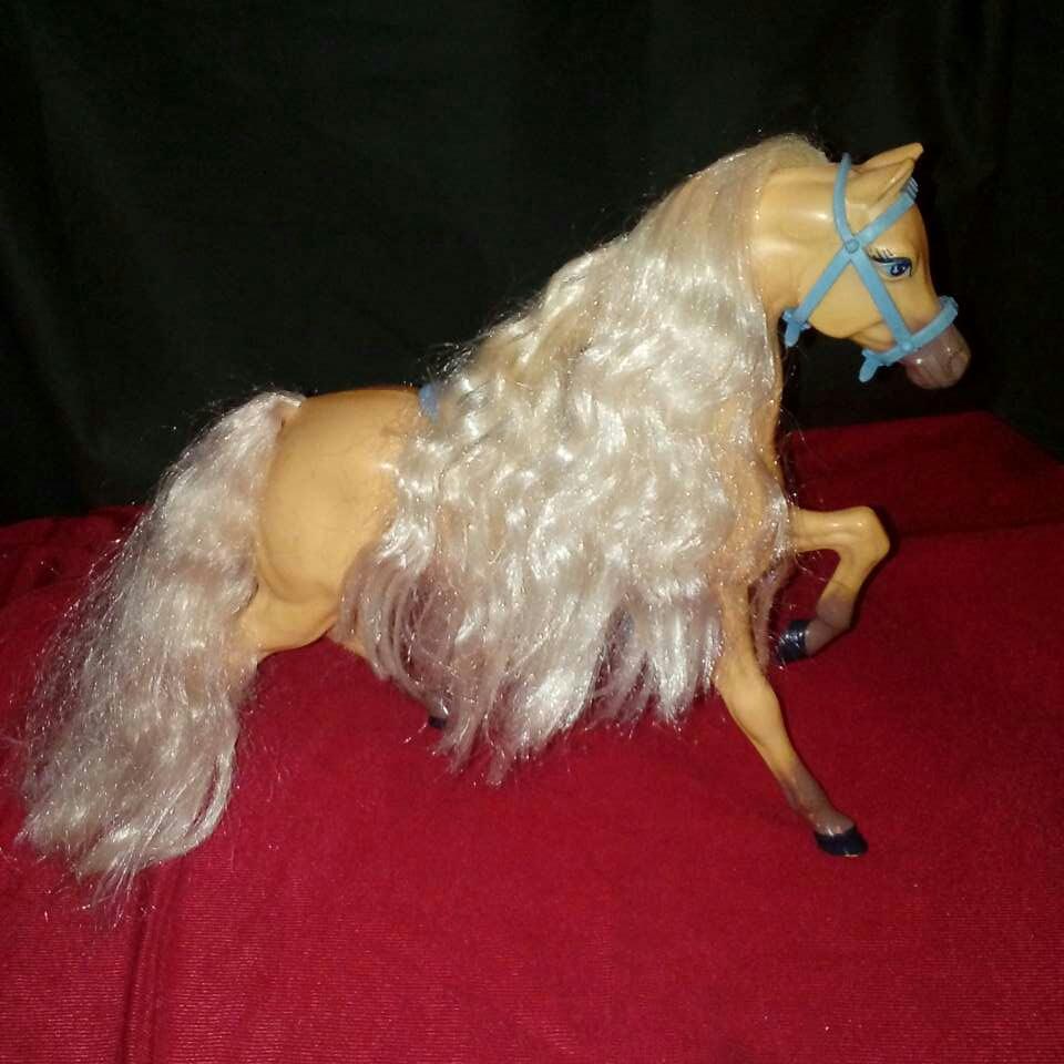 Imagen producto Caballo de barbie. 1
