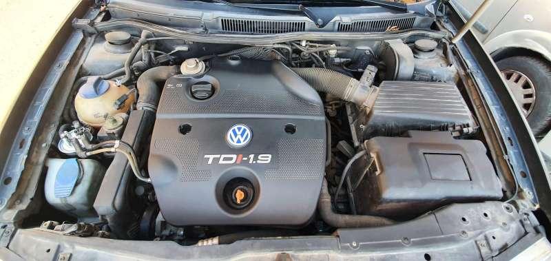 Imagen producto Volwagen golf 4 3