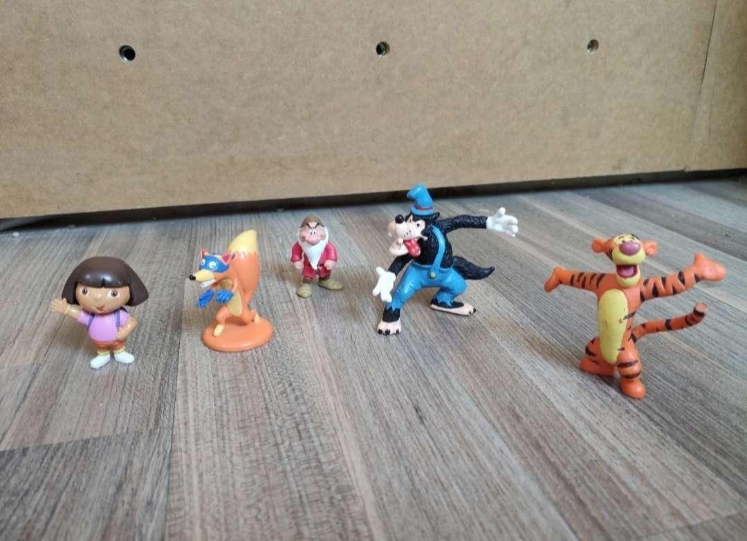 Imagen figuras muñecos de dibujos