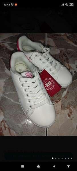 Imagen producto Zapatillas de niña  3