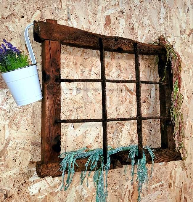 Imagen Marco ventana reja vintage.Decoracion