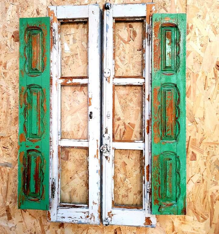 Imagen producto Ventana antigua decorada y restaurada 4