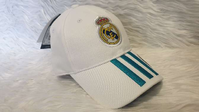 Imagen Gorra Adidas Real Madrid blanca, nueva