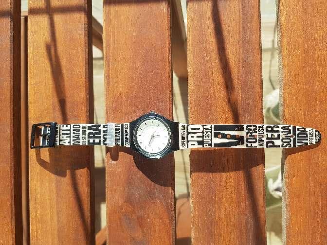 Imagen producto Reloj 2007 El Pais. unisex NUEVO 4
