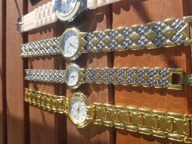 Imagen producto LOTE relojes mujer . *OFERTON* REGALO moda, joyas 2
