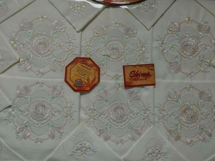 Imagen Mantelería bordada
