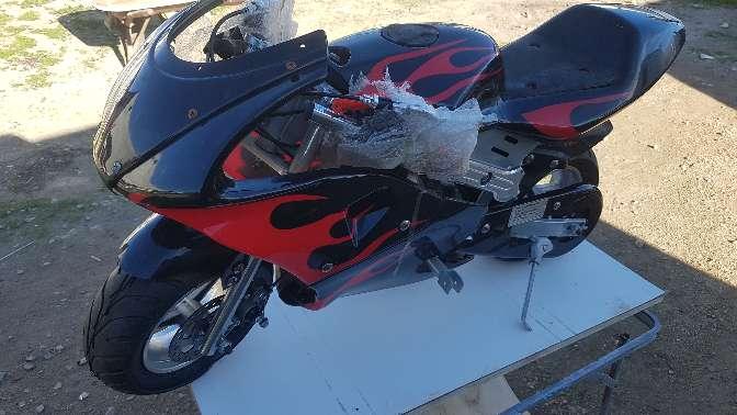 Imagen moto de gasolina