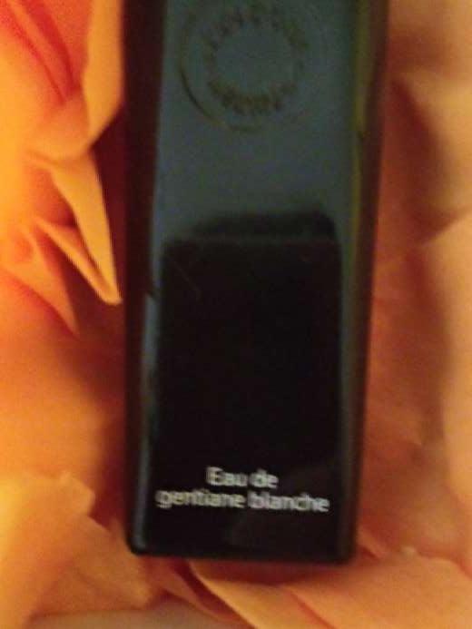 Imagen Perfume. Eau de Gentiane Blanche by Hermès Paris. vap 100 ml.