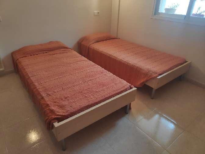 Imagen cama individual de 90x200 con colchon