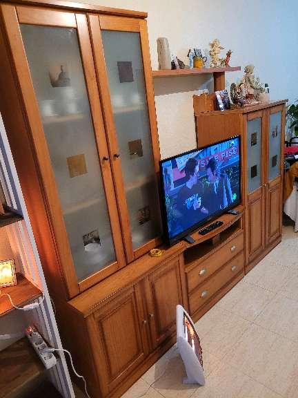 Imagen muble salón completo en madera de roble