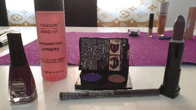 Imagen producto Cosmeticos nuevos 3