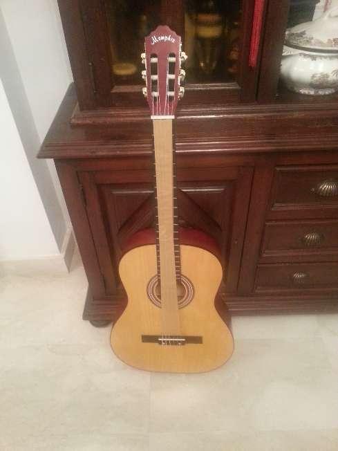 Imagen Guitarra de adulto menphis 966nr