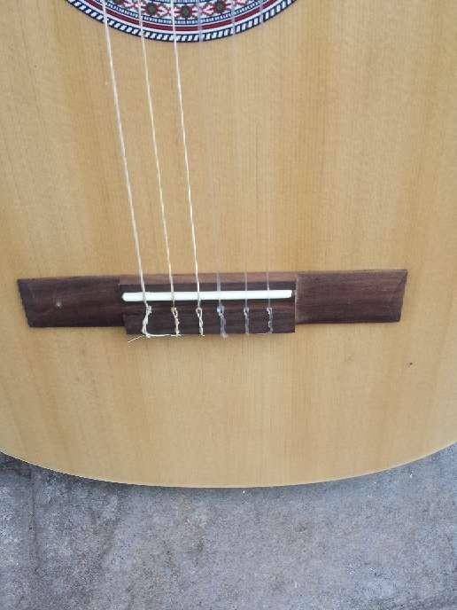 Imagen producto Guitarra de adulto gomez sin usar 5