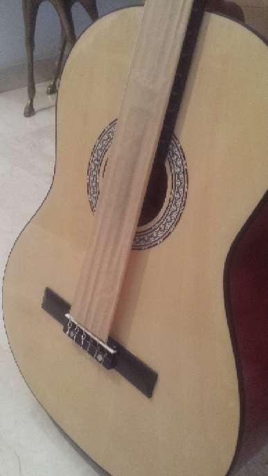 Imagen producto Guitarra menphis natura de adulto 8