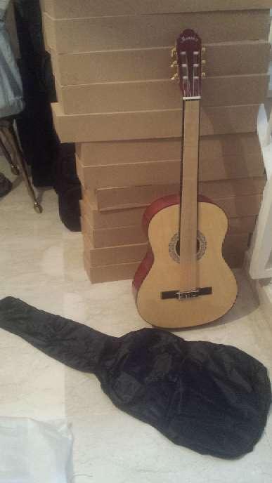 Imagen producto Guitarra menphis natura de adulto 7